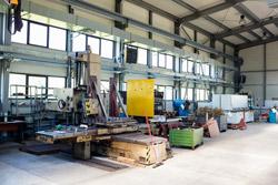 manufacturer warehouse